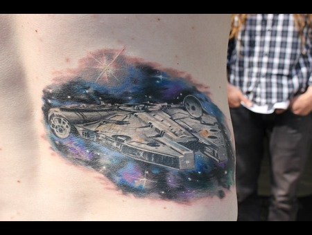 Spaceship  Falcom  Mellenium  Han Solo  Star Wars  Sci Fi Color Back
