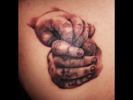 Baby Hands Black Grey Shoulder