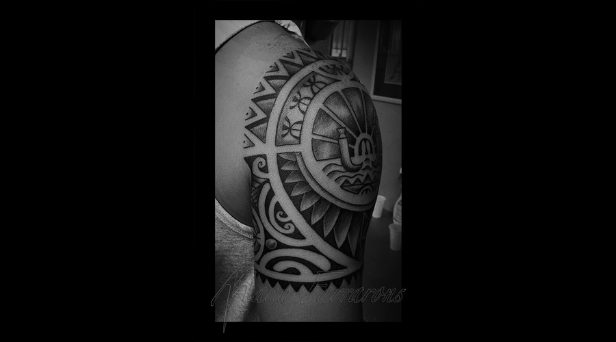 Tahitian  Polynesian  Freehand  Meanings Black Grey Shoulder