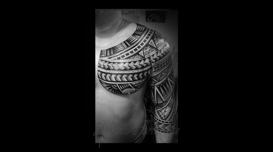 Tahitian  Polynesian  Freehand  Meanings Black Grey Chest