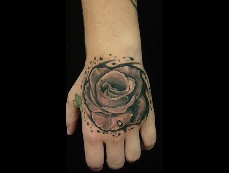 Rose  Realism  Hand  Water Droplet Black White