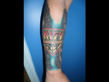 Kiss  Band Logos Color