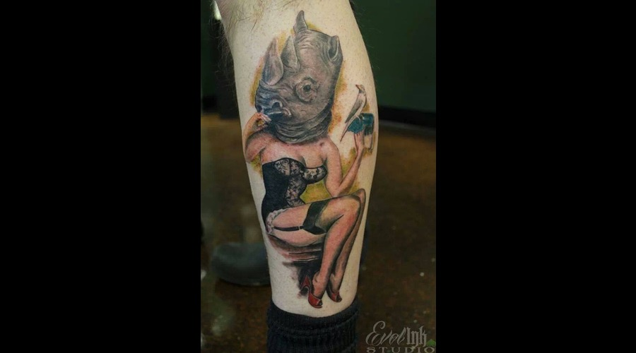 Rhino  Pin Up  Color  Odd  Sexy  Animal Color Lower Leg