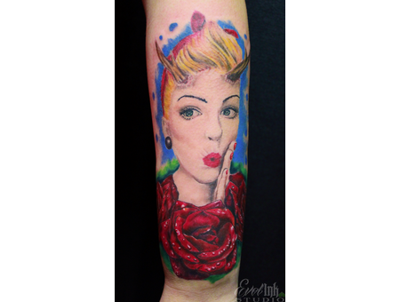 Cheesecake  Pin Up  Roses  Antlers  Lipstick  Face  Portrait Color Forearm