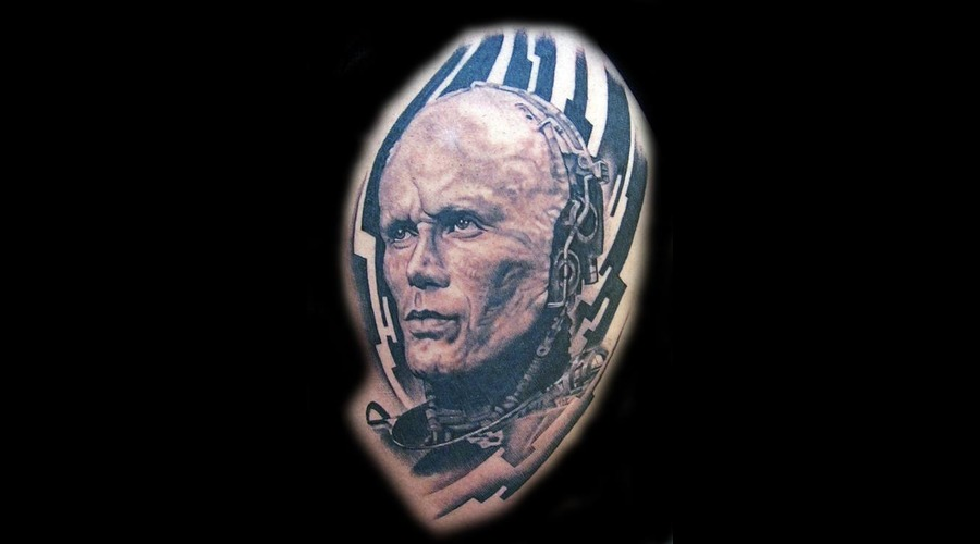 Robocop  Portrait Black Grey Thigh