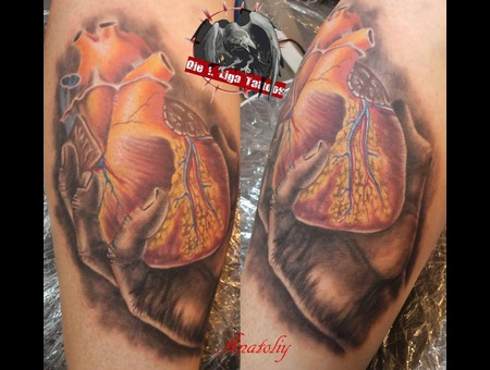 Heart Hand Color Lower Leg