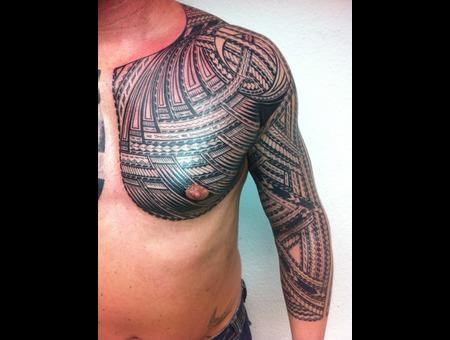 Traditional Machine Design Freehand Artist Tomasi Tatau Samoa Black Grey Arm