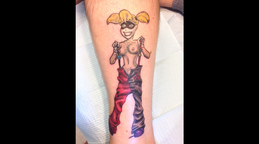 Harley Quinn Color Lower Leg
