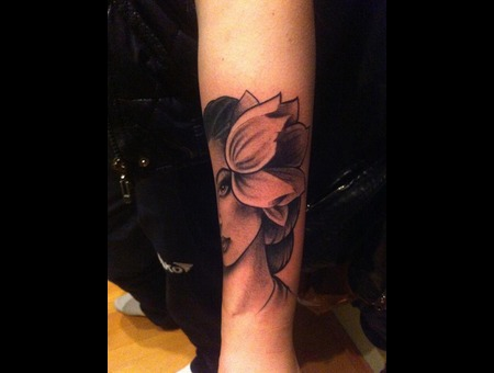 Flower Girl Black Grey Forearm