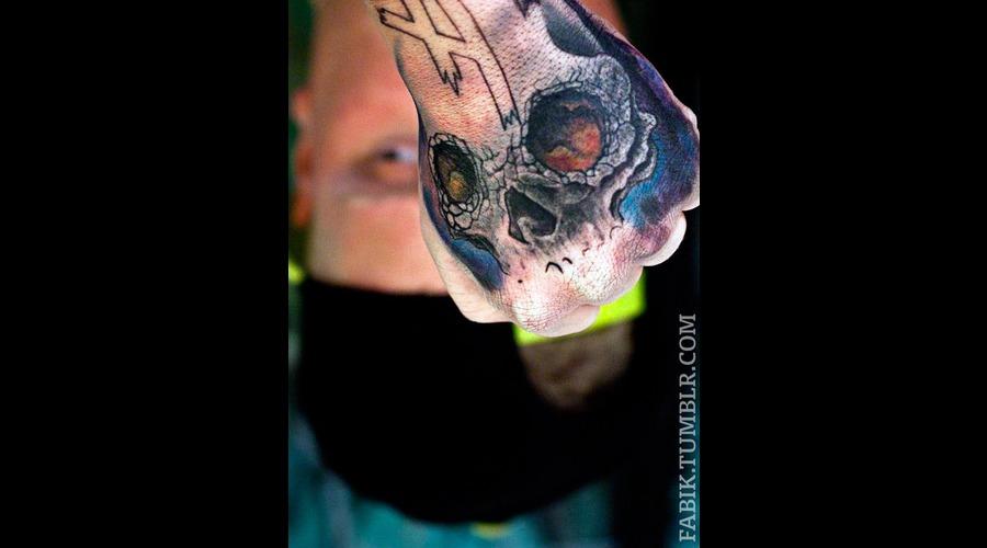 Hand  Skull Black Grey Forearm