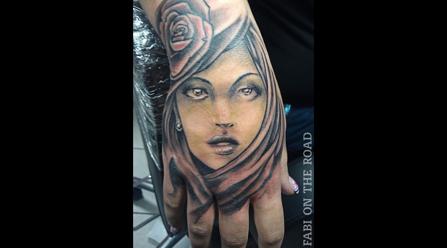 Hand  Face Black Grey Forearm