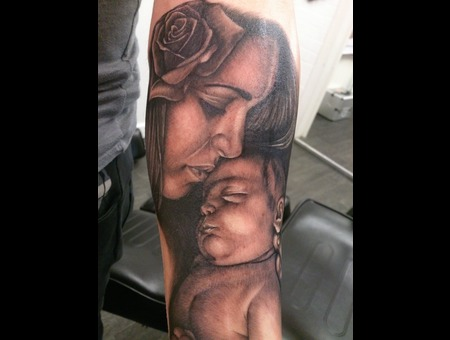 Portrait  Mother  Child Black Grey Forearm
