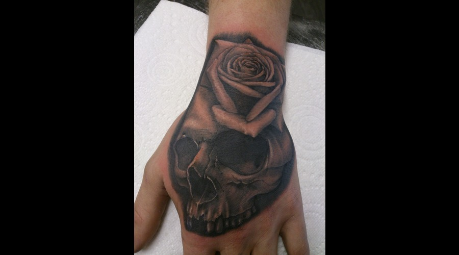 Hand Tattoo  Skul  Rose Black Grey Forearm