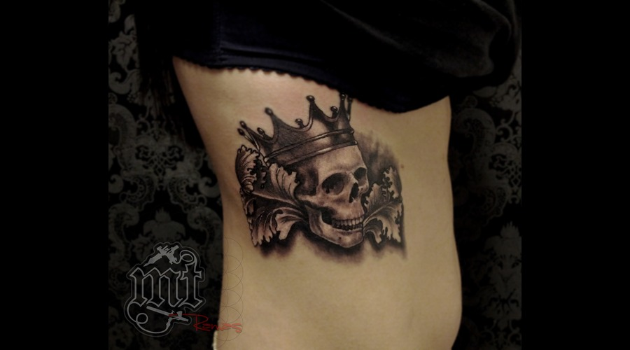 Skull Crown Filigry Black Grey Ribs
