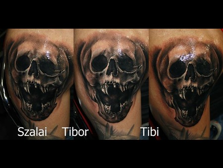 Skull  Horror  Realistic Black Grey Shoulder
