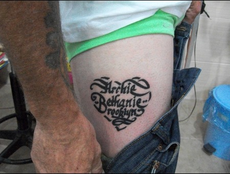 Tattoo Yalova  Dövme Yalova  Piercing Yalova   Black Grey Hip