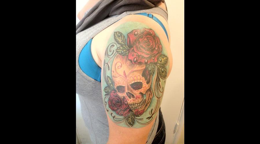 Sugar Skull  Roses  Color  Surrealistic Color Arm