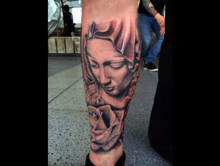 Mary  Rose  Realism  Blackandgrey  Realistic  Holy Black Grey Lower Leg