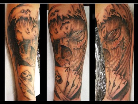 Reaper Black Grey Forearm