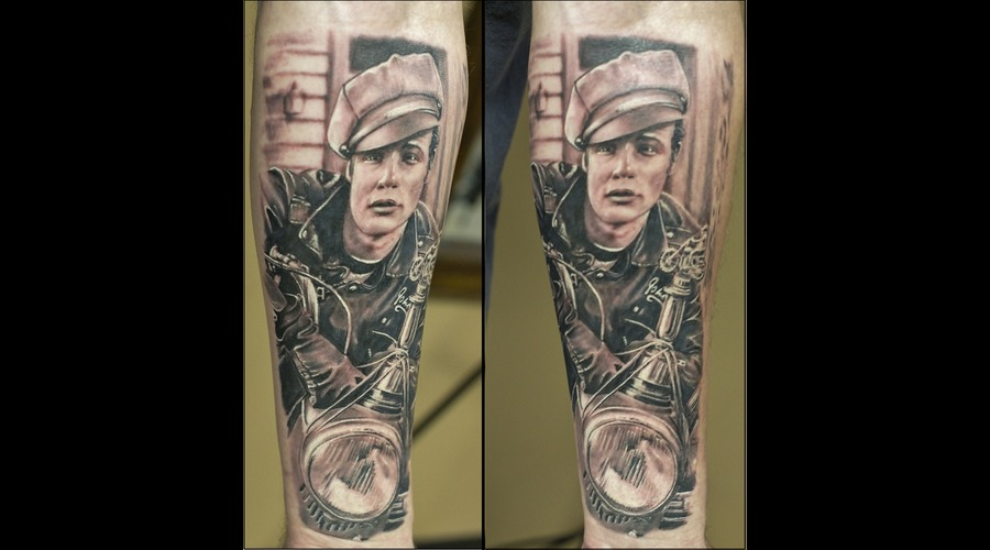 Brandon  Realistic  Black Grey Forearm