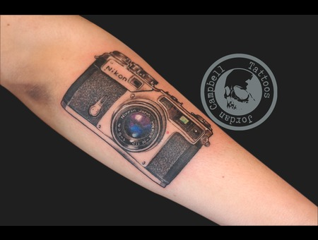 Nikkon  Camera  Photography  Photographer  Nikkor Color Forearm