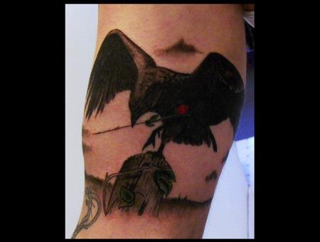 Raven Black Grey Arm
