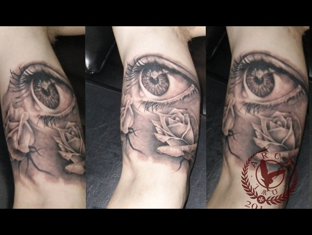 Eyes  Roses  Flower Arm
