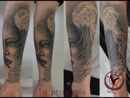 Portrait  Jellyfish Arm
