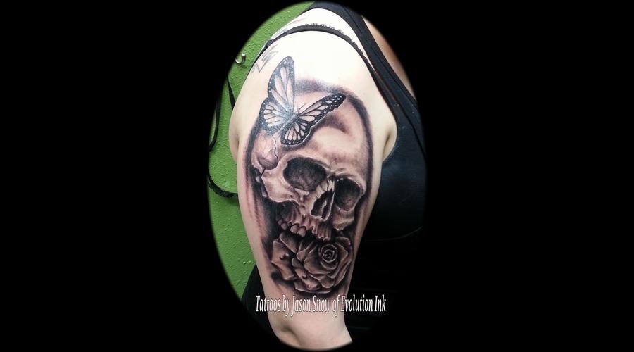 Skull  Rose  Black Grey Arm