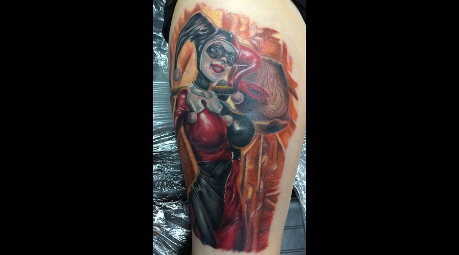 Harley Quinn  Joker  Batman  Comics  Pinup  Girly Color Thigh