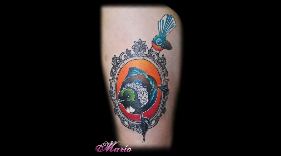 Graphic Bird Color Thigh