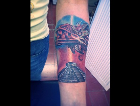 Pyramid Of Chichenitza With Sneak God Quetzalcoatl  Color Arm