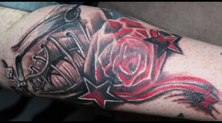 Rose  Lips  Gun  Realism  Stitching  Colour  Shaded Stars  Color Lower Leg