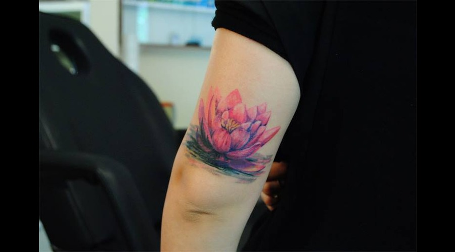 Lotus  Cover Up Color Arm