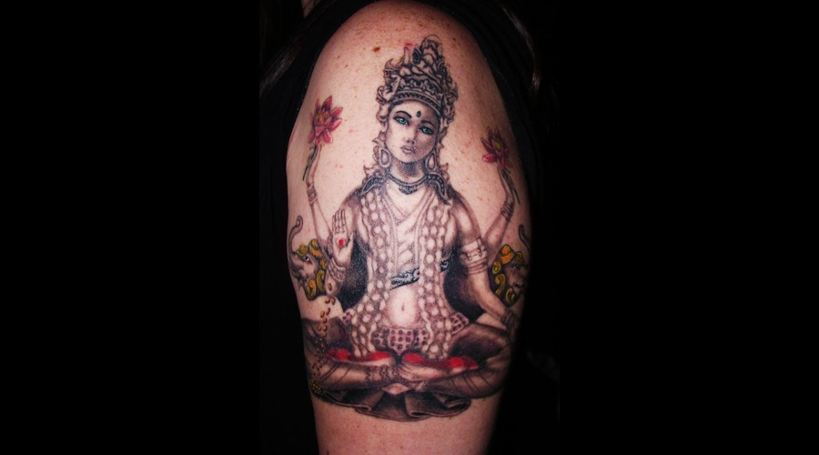 Hindu  Goddess Color Shoulder
