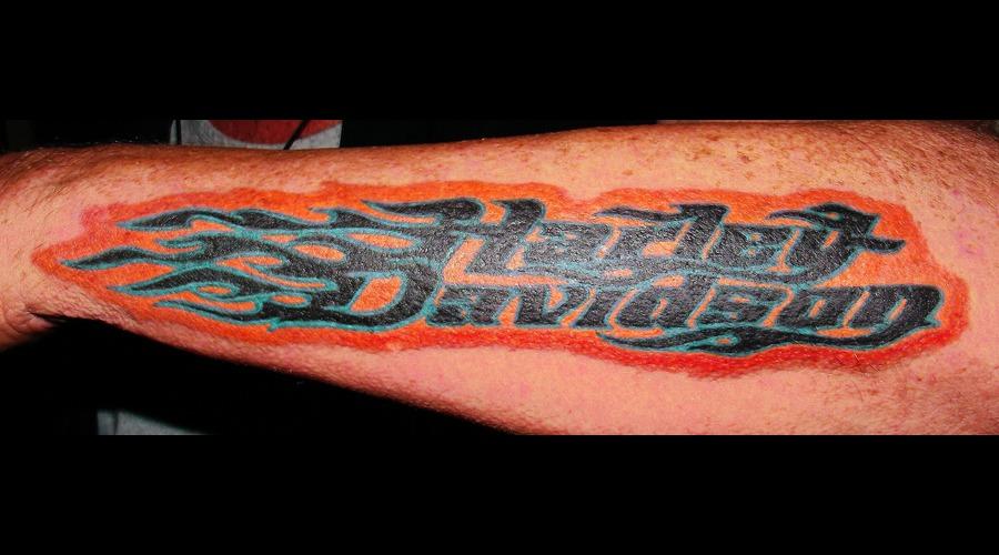 Lettering  Harley Davidson  Flames Color Forearm