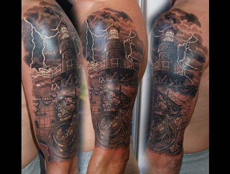 Lighthouse  Compass Black Grey Shoulder