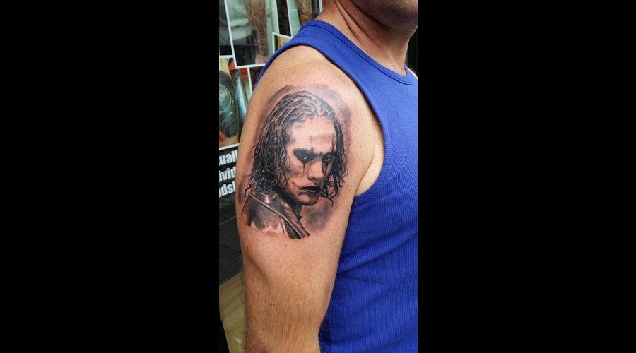 Brandon Lee  Crow  Movie Black Grey Shoulder