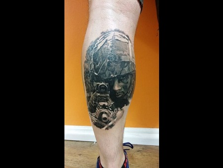 Soldier  Gun Black Grey Lower Leg