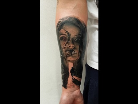 Face  Shadow   Black Grey Forearm