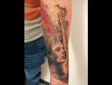Face  Feathers  Surrealism Color Forearm