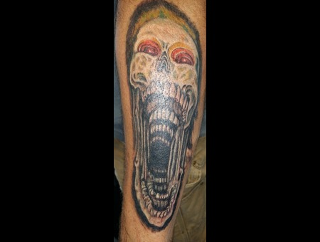 Screaming Skull Color Forearm
