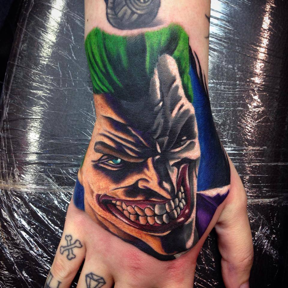 Joker Tatto Hand: Certified Artist