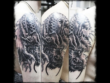Dragon Tattoo Black Grey Shoulder
