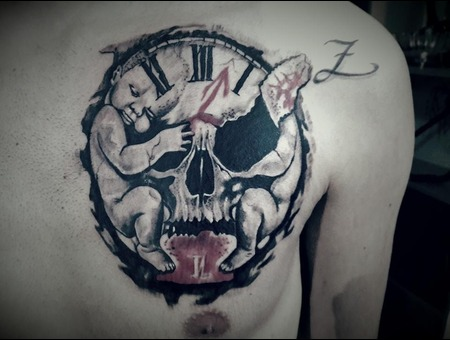 Scull Black Grey Chest