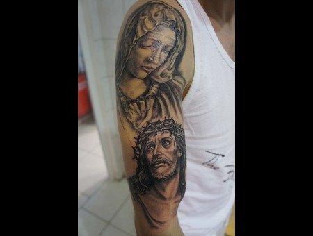 Religious Tattoo#Jesus Tattoo#Realistic Tattoo#Ledja Qereshniku#Rodos Ink#R Black Grey Arm