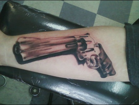 Gun  Revolver  Unfinished Forearm