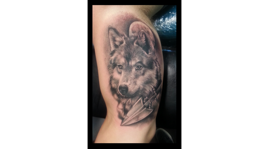Wolf Black And Grey  Wolf With Moon Arm