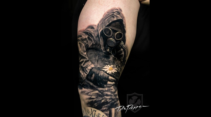 Gas Mask  Flower  Black 'n Grey  Realistic Arm