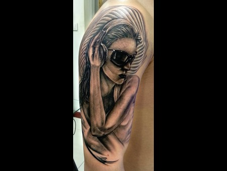 Woman In Glasses  Arm